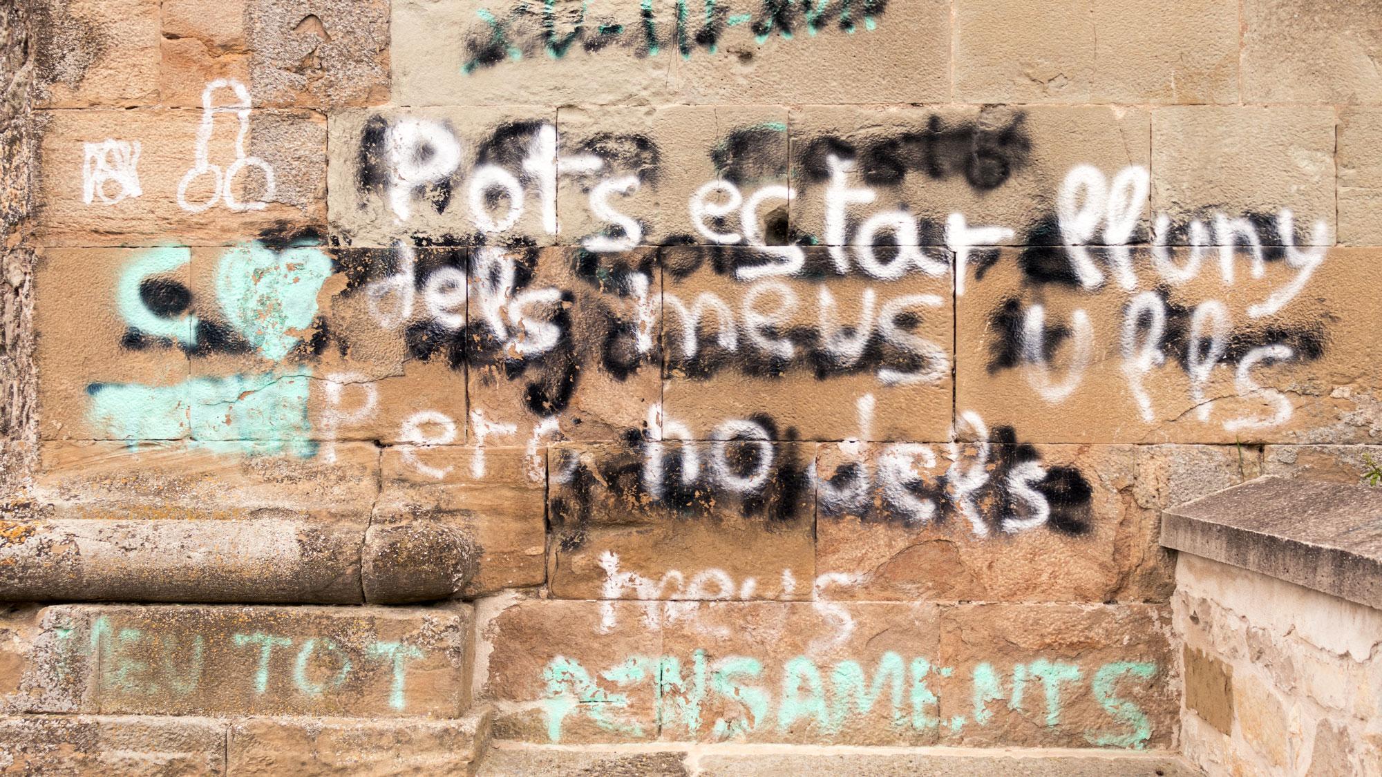 escrito en catalán